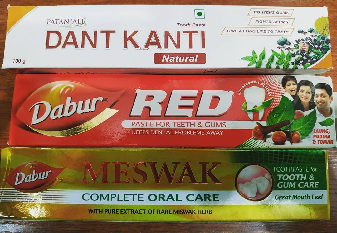 Индийская зубная паста Dabur 150гр в ассортименте